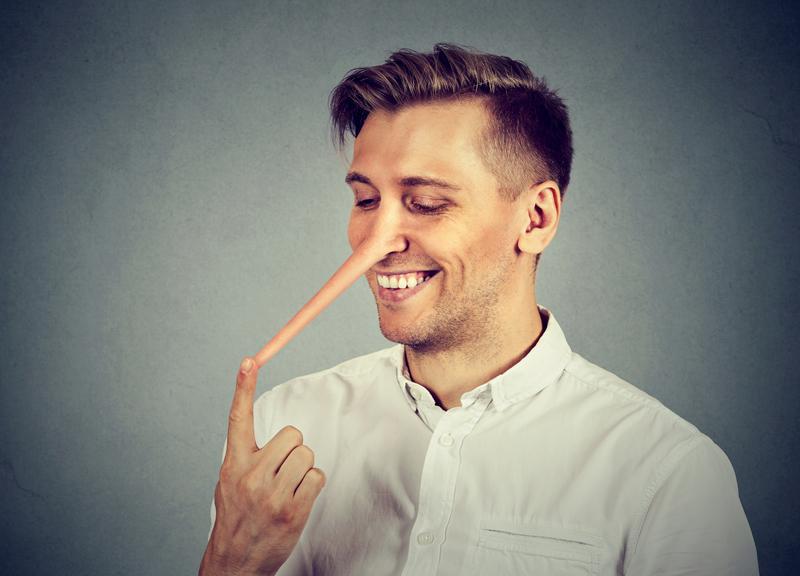 3 efektowne sposoby, które pozwolą Ci demaskować kłamców i czytać w ludziach, jak w otwartych księgach
