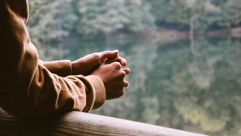 Niezbędnik szczęśliwego człowieka. Te 5 rad pomoże Ci odnaleźć spokój ducha niezależnie od znaku zodiaku